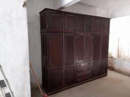 Guarda-roupa 6 portas de sucupira