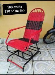 Cadeiras de embalo e mola