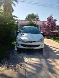 Peugeot 2005.