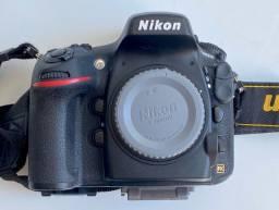 Camera Nikon d800e + Grip original Nikon + 2 baterias extras