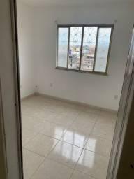 Título do anúncio: Alugo casa de vila no Centro de São João de Meriti
