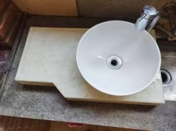 Pia de mármore , de banheiro com Cuba e torneira