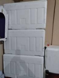 Vendo caixa de isopor de 170 litros
