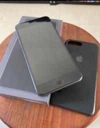 Vendo ou Troco IPhone 8 Plus 64gb