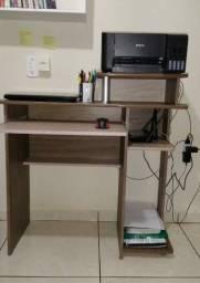 Mesa de computador seminova