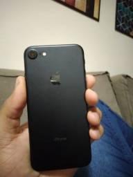 Vendo iPhone 7 preto fosco