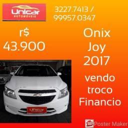 Título do anúncio: Onix Joy ano 2017