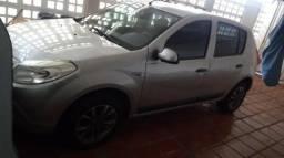 Carro vendo ou troco Renault Sandero 1.6 flex 8v completo - 2011
