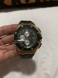 641e25626de Relógio ETA modelo Audemars Piguet Royal Oak Offshore Chronograph Gold  Modelo