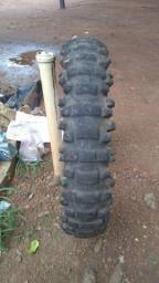 Vendo pneu Moto Cross