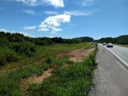 Otimo terreno, de frente para a rodovia Rio Mage