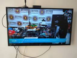 TV LG 43 polegadas.