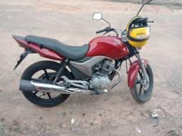 Vendo moto Honda titan 150