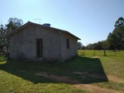 Velleda oferece sítio de 2 mil m², casa alvenaria nova, tranquilo, 3 km RS-040