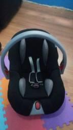 Bebê conforto Voyage 170,00