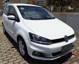 VW FOX 1.6 HIGHLINE 2015, IPVA 2020 Pago, APENAS 60MIL KM, Único dono