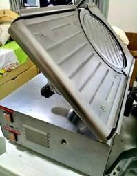 Fatiadora elétrica automática