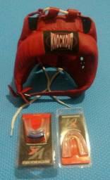 Protetor de cabeça +  1 protetor bucal simples e 1 protetor bucal duplo