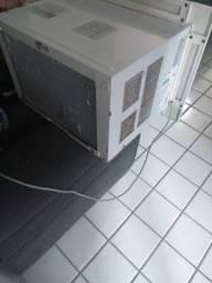 Ar condicionado LG semi novo