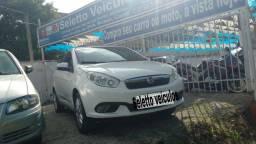 Grand Siena 2014; Gnv; Motor 1.6; Completo; Automático