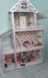 Casa da Barbie com acessórios