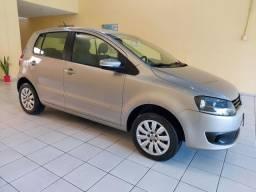 VW FOX 1.6 I-TREND 2014 ÚNICO DONO KM 39990.