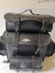 Maleiro de moto feito de couro
