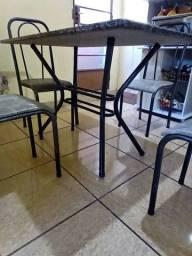 Mesa de granito 4 cadeiras