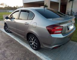 Honda City 2014 1.5 Sport - Carro excelente