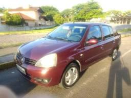 Clio Sedan Egeus 1.6 (Edição limitada)