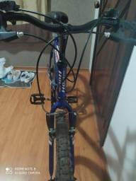 Bicicleta Aro 26 Houston Foxer Hammer com 21 Marchas, pneus novinhos