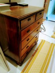 Cômoda em madeira antiga 6 gavetas