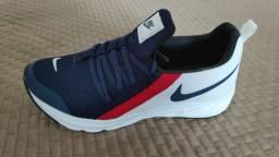 Tênis  Nike cordinha