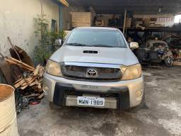 Toyota Hilux 3.0ano 2005/2006 Com problema elétrico