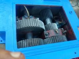 Máquina para fabricação de tijolos MVB 300 bofanti