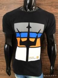 Kit com 10 T-shirt Marcas Variadas