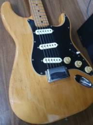 Guitarra CMI Japan 1978 Stratocaster Marshall