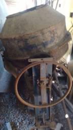 Bitorneira mistura concreto, Modelo antigo, Rotativa. Leia a descrição