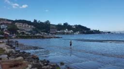 Suíte para 2 pessoas em Itapema a partir de 100 reais