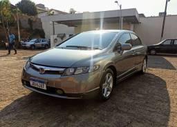 Vendo ou troco por automático Honda New Civic LXS