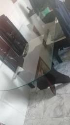 Uma mesa pra vende ou troca em algum do meu interrese
