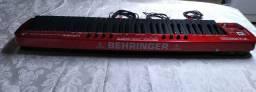 Vende-se Controlador Behringer UMX610 com interface de áudio UCA222