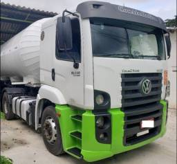 Caminhão Volkswagen Costellation 19.330/ Ano 2014 / V-Tronic