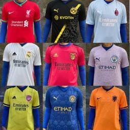 Camisas de time em promoção