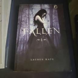 Livro Fallen - Lauren Kate