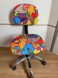 cadeira giratória Romero Britto