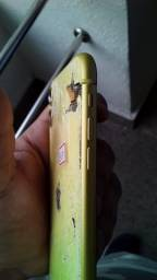 Iphone 11 quebrado