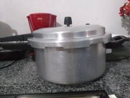 Panela de pressão 30 litros