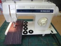 Máquina de costura Singer Facilita 30