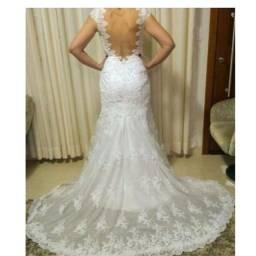 Vestido de noiva todo em renda semi sereia